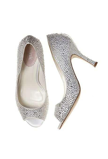 25-Classiest-Cinderella-Shoes-16 25 Classiest Cinderella Shoes from the Best Designer Brands