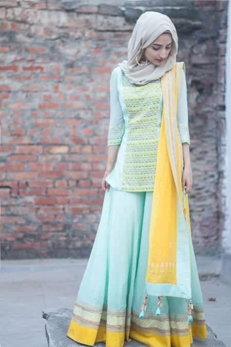 27-Hijab-with-simple-lhenga 30 Ways to Wear Hijab with Indian Ethnic Wear