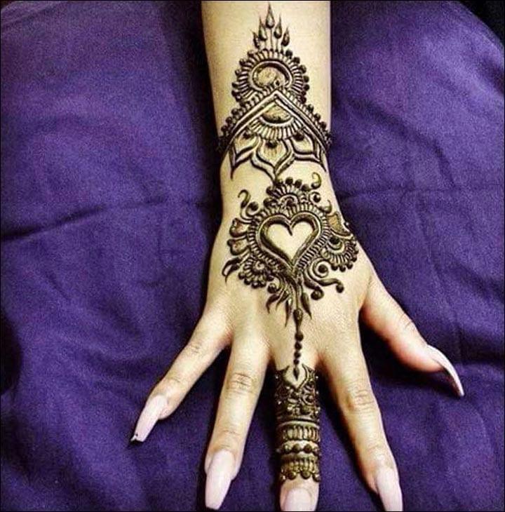 Arabic-Art-heart-mehndi-design Heart Shaped Mehndi Designs- 20 Simple Henna Heart Designs