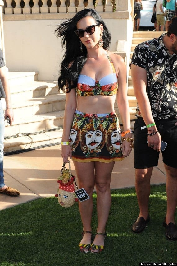 Katy-Perry-Bra-Top-Festival-Look Funky Festival Outfits - 30 Funky Outfits for Girls to Wear