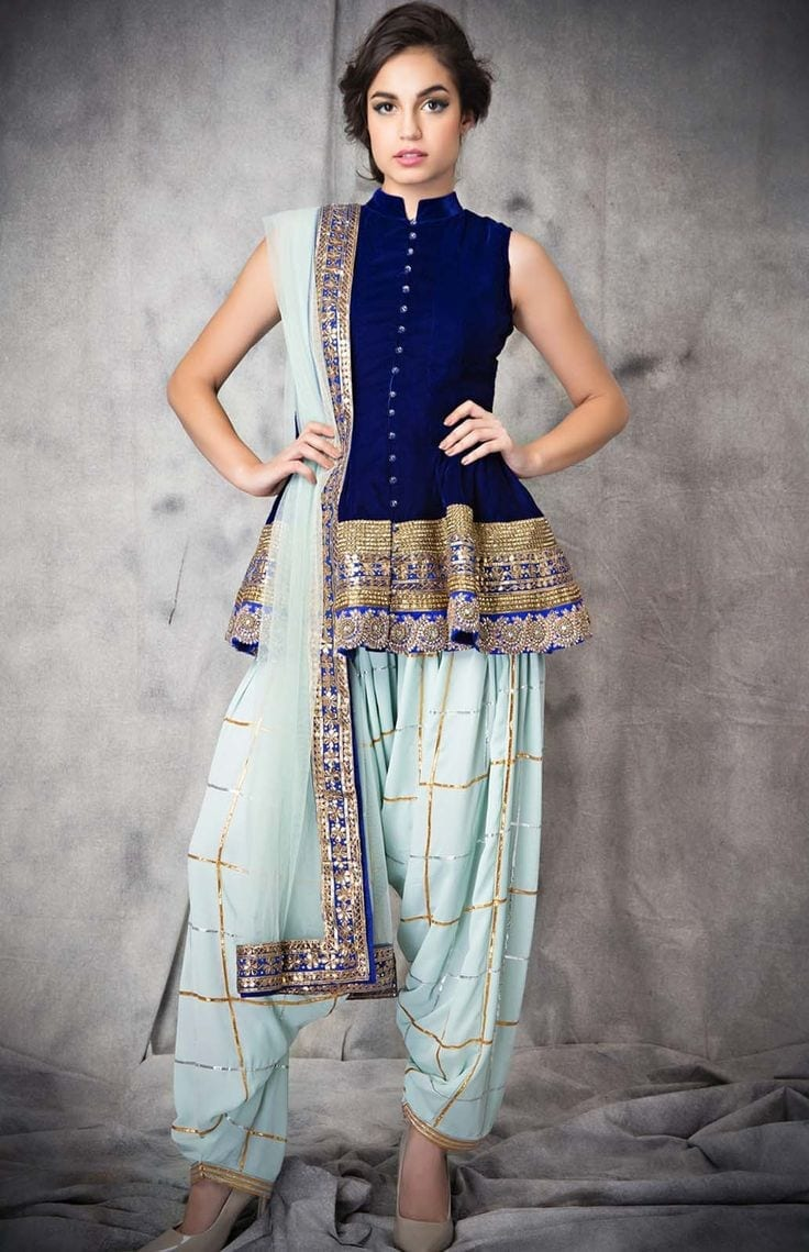 Patiala-Outfit-by-Zainab-Chottani Classy Patiala Outfits-30 Amazing Ways to Wear Patiala Salwar