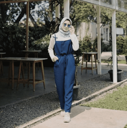 casual-jumpsuit-with-hijab-498x500 Hijab with Jumpsuits - 16 Ways to Wear Jumpsuit with Hijab