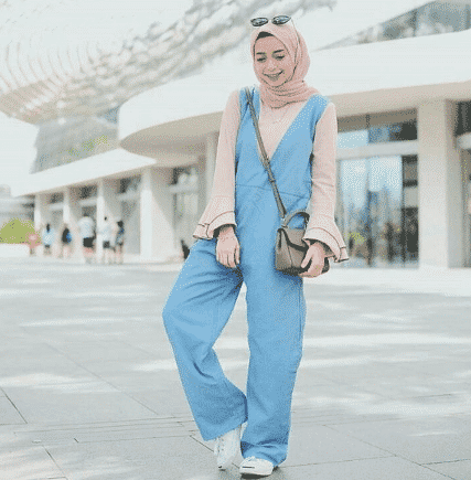denim-jumpsuit-with-hijab Hijab with Jumpsuits - 16 Ways to Wear Jumpsuit with Hijab