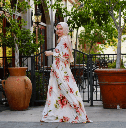 floral-dresses-with-hijab-493x500 Hijab with Floral Outfits-20 Ways to Wear Hijab with Florals