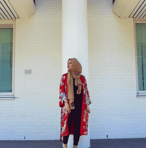 hijab-with-floral-abayas-495x500 Hijab with Floral Outfits-20 Ways to Wear Hijab with Florals