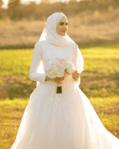 hijab-with-floral-bridal-outfit-400x500 Hijab with Floral Outfits-20 Ways to Wear Hijab with Florals