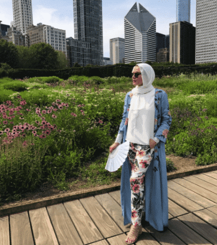 hijab-with-floral-pants-443x500 Hijab with Floral Outfits-20 Ways to Wear Hijab with Florals
