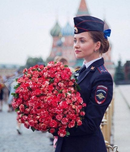 most-beautiful-women-police-officers-russia-3-429x500 Top 10 Most Attractive Women Police Forces in World