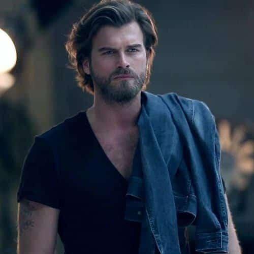 Kıvanç-Tatlıtuğ-2-500x500 Top 10 Middle Eastern Male Models 2018 List