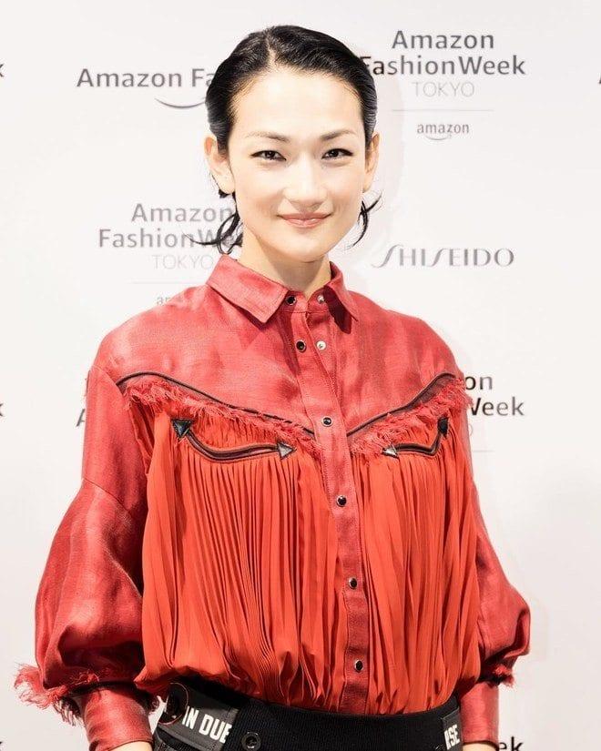 Japanese-Clothing-Brands-Japanese-Super-Model-2 Japanese Clothing Brands-Top 10 Japanese Brands 2018