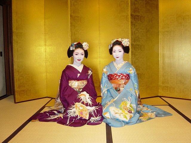 Japanese-Clothing-Brands-Models Japanese Clothing Brands-Top 10 Japanese Brands 2018