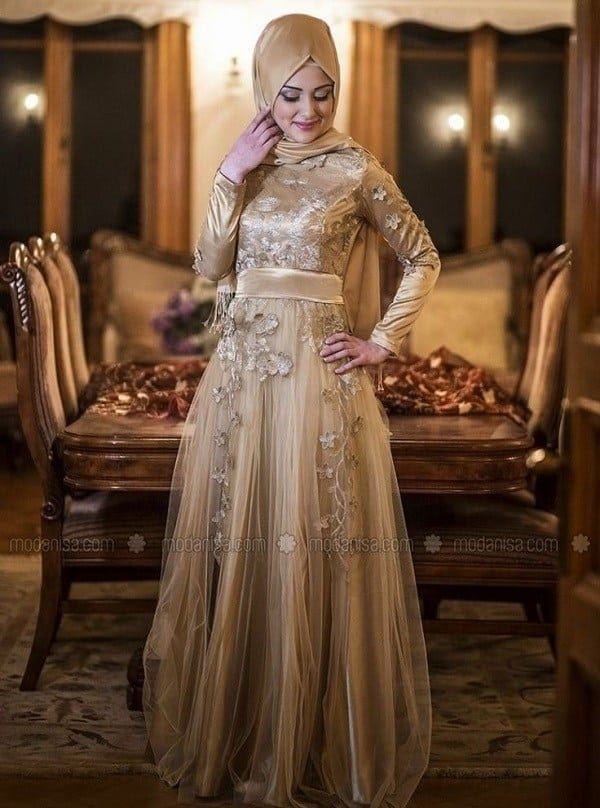 fancy-party-gown How to Wear Hijab with Gowns ? 20 Modest Ways to Try