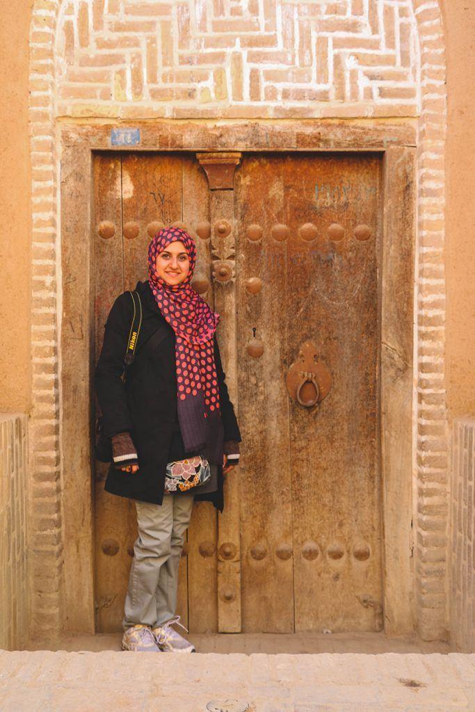 17-683x1024 20 Best Iranian Hijab Style-Step by Step Irani Hijab Tutorial