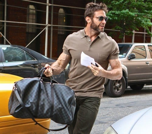 Hugh-Jackman-Louis-Vuitton-Damier-Graphite-Keepall-55-Bandouliere-500x439 Top 30 Clothing Brands That All Celebrities Love To Wear