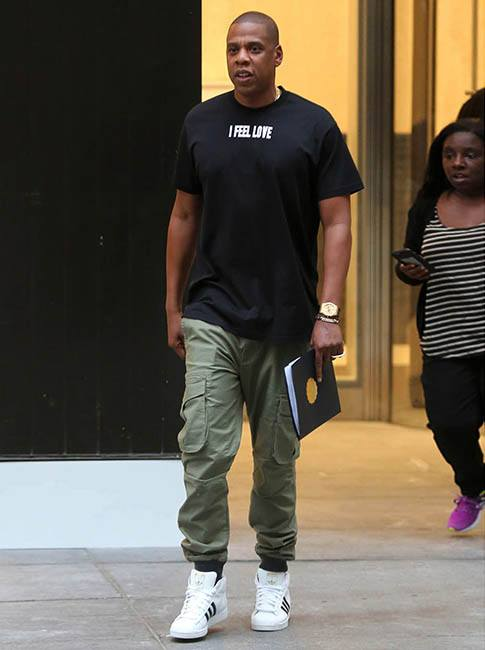 Jay-Z-wears_givenchy_t-shirt_adidas_originals_superstar_promodel_sneakers_zenerobe_combat_trousers Top 30 Clothing Brands That All Celebrities Love To Wear