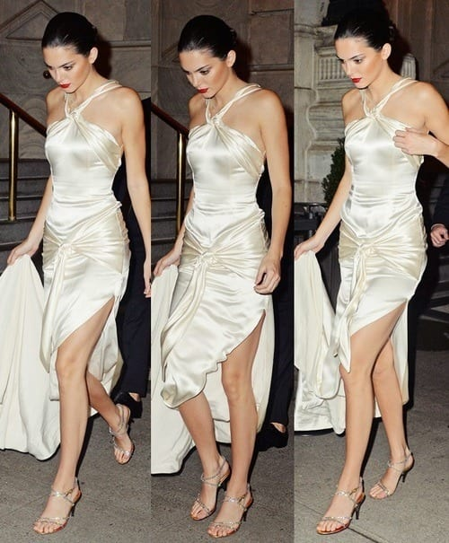 Kendal-Jenner-Amazing-Dresses 40 Most Stylish Kendall Jenner Outfits To Copy This Year