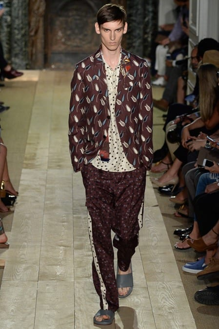 Valentino-ss2015-blazer Top 30 Clothing Brands That All Celebrities Love To Wear