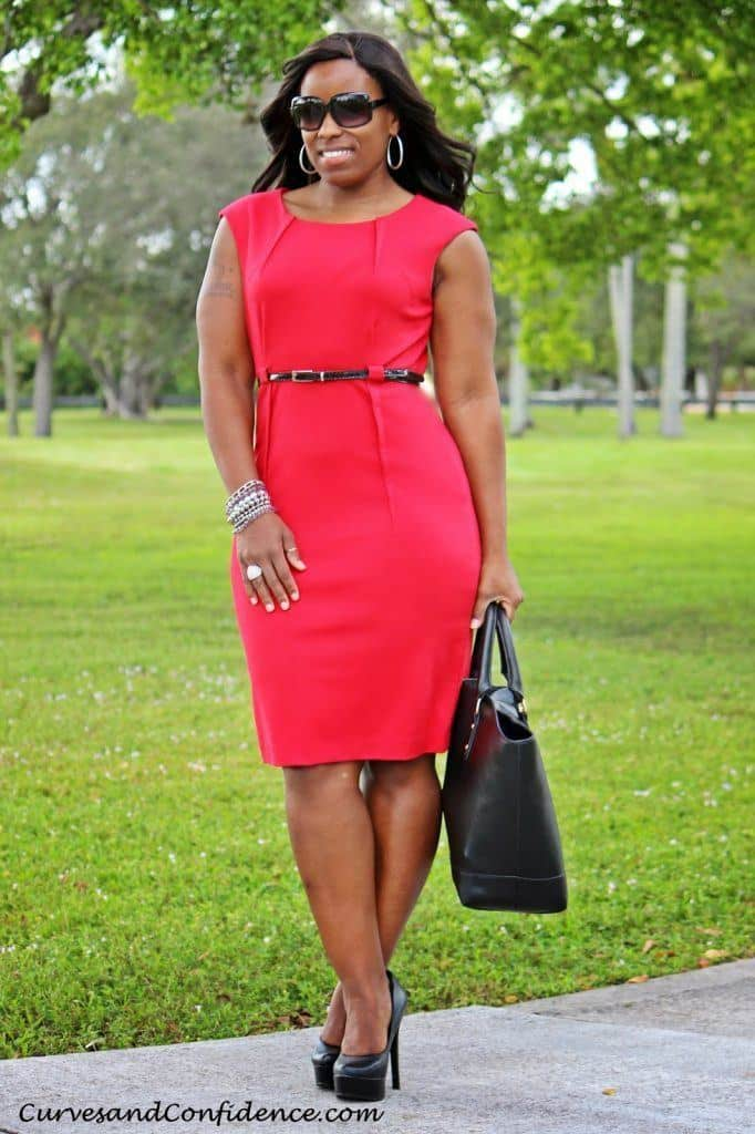 curves-and-confidence-miami-style-blogger-what-to-wear-to-work-curvy-chic-office-outfit-how-curvy-girls-dress-for-work-how-to-wear-a-red-sheath-dress-682x1024 20 Cute Outfit Ideas for Curvy Ladies to Look Awesome
