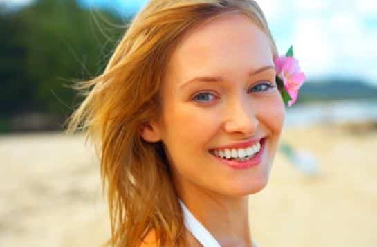 Summer-Makeup-Tips-Best-beach-looks 9 Simple Summer Makeup Tips For A Fresh And Natural Look