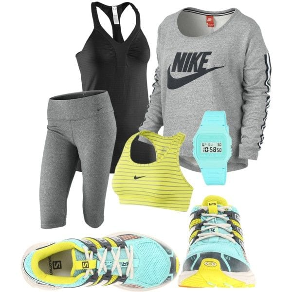 Winter-workout-accessories-women Winter Workout Outfits-15 Cute Winter Gym Outfits for Women