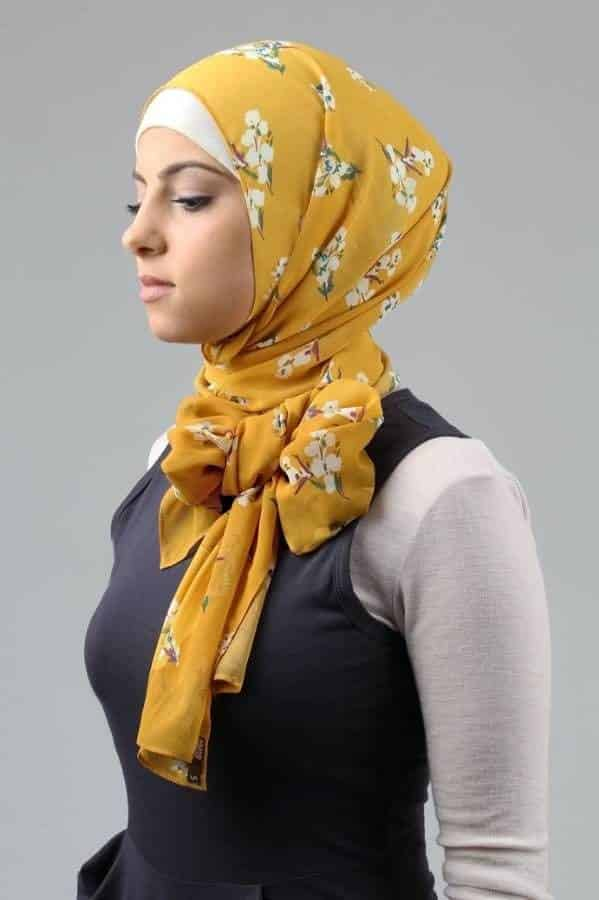 bab760fddb5230027cd830813b877f9f 17 Cute Hijab Styles for Round Face With Simple Tutorials