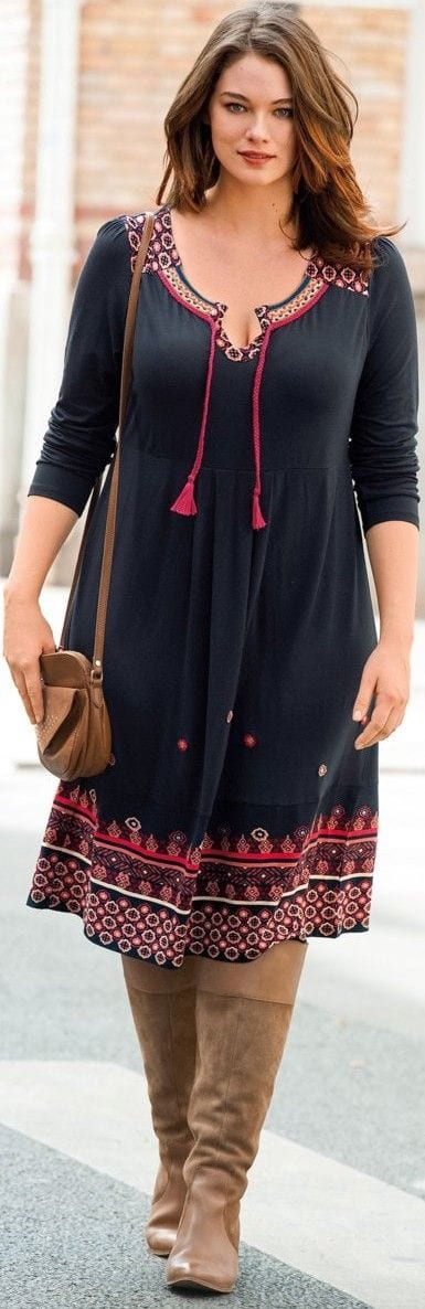 casual-outfit-for-curvy-women 27 Stunning Spring Outfits Ideas for Plus Size Ladies