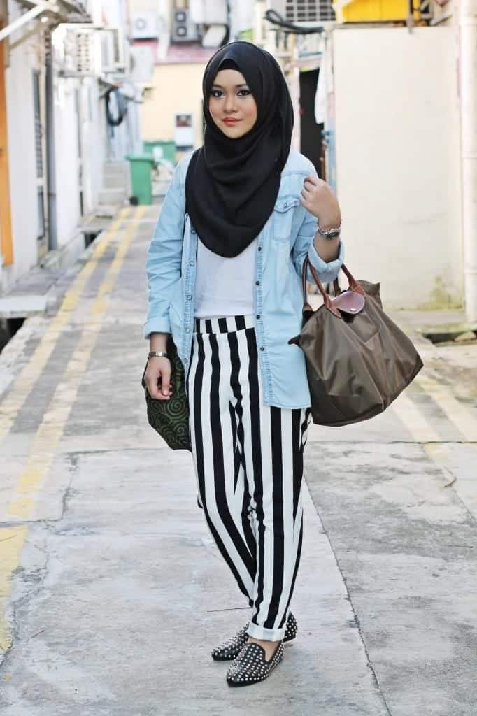 hijab-with-striped-pants 18 Cute Ways to Tie Hijab with Different Outfits