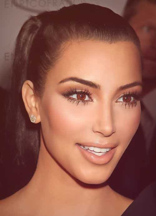 how-to-wear-makeup-in-summers-like-Kim-Kardashian 9 Simple Summer Makeup Tips For A Fresh And Natural Look