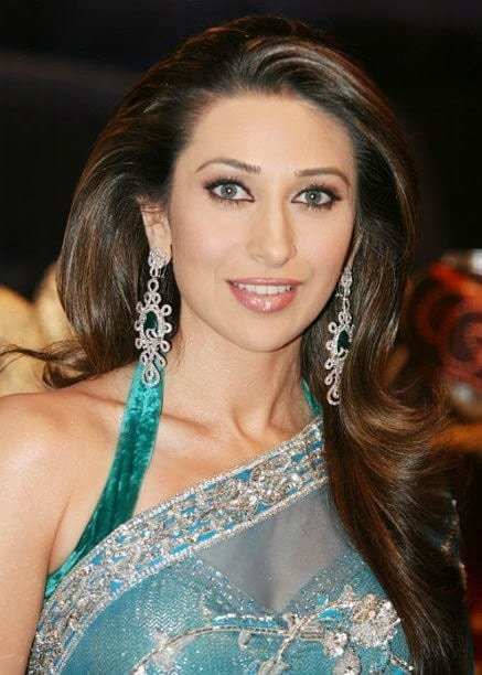 karishma kapoor hair style hairstyles for saree 20 hairstyles to wear with saree 5728