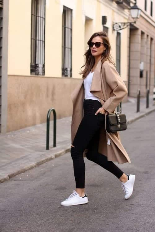 Beige-Coat-Street-Style 25 Most Popular Winter Street Style Outfit Ideas for Women