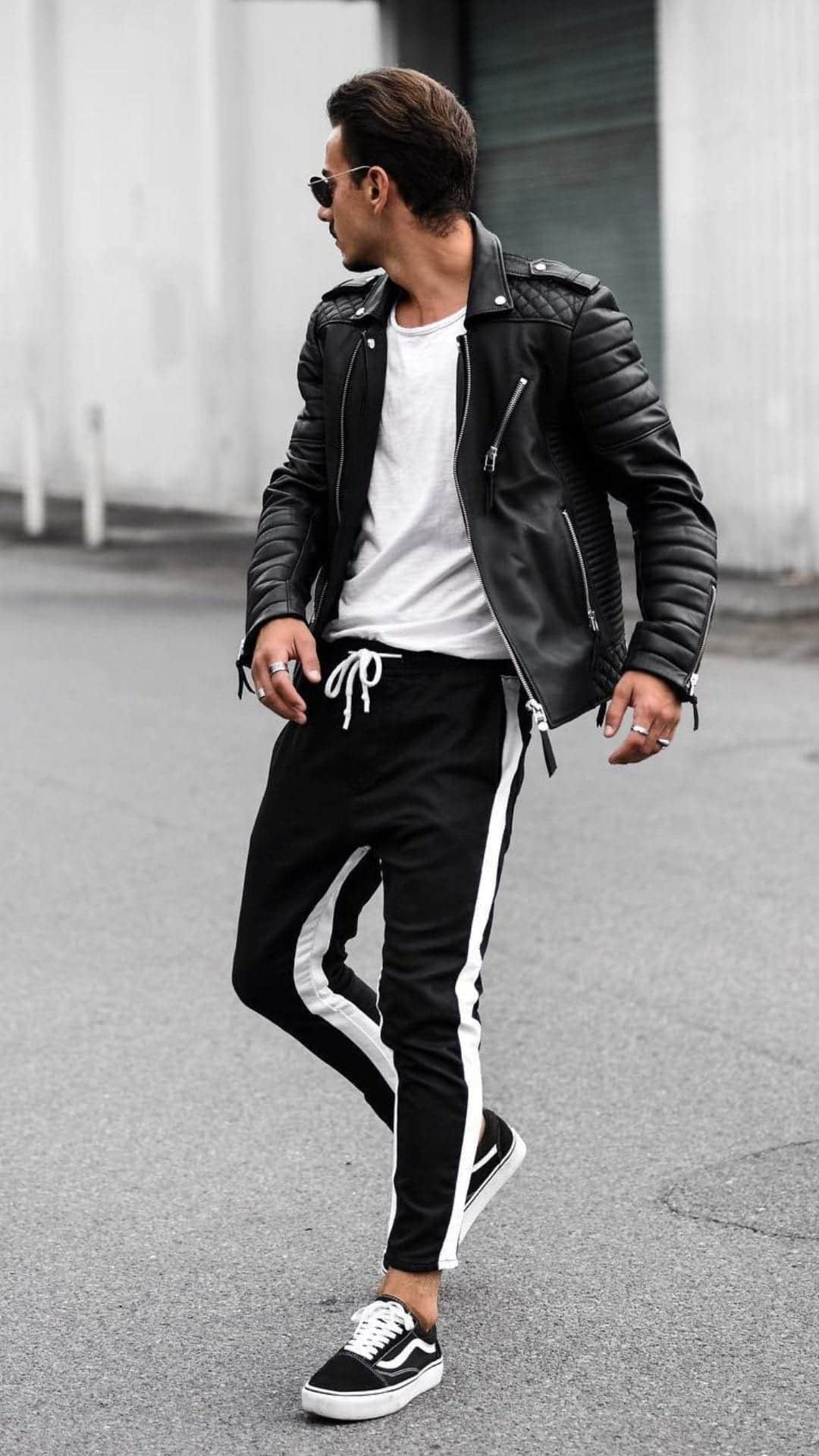 Casual_outfits_for_young_guys_6-1 Cute Outfits for Skinny Guys - Styling Tips With New Trends