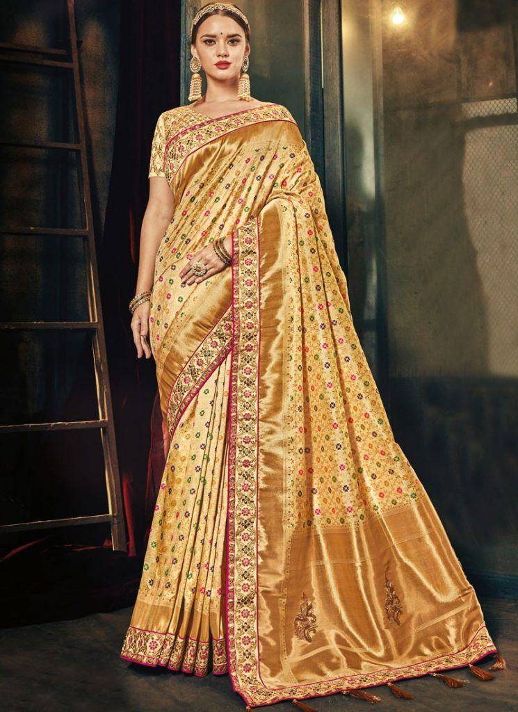 modest-saree-designs-3-745x1024 15 Modest and Chic Saree Styles for Muslim Women
