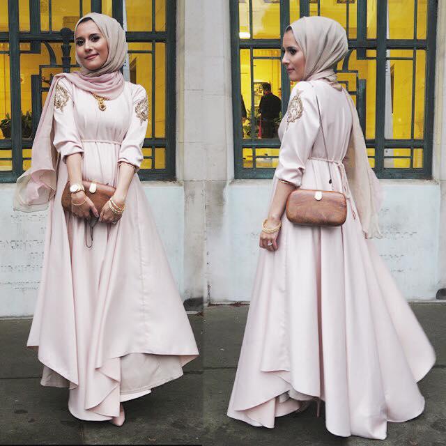 11014267_946395862049813_4663943360418838741_n 10 Popular Hijab Fashion Instagram Accounts to Follow This Year