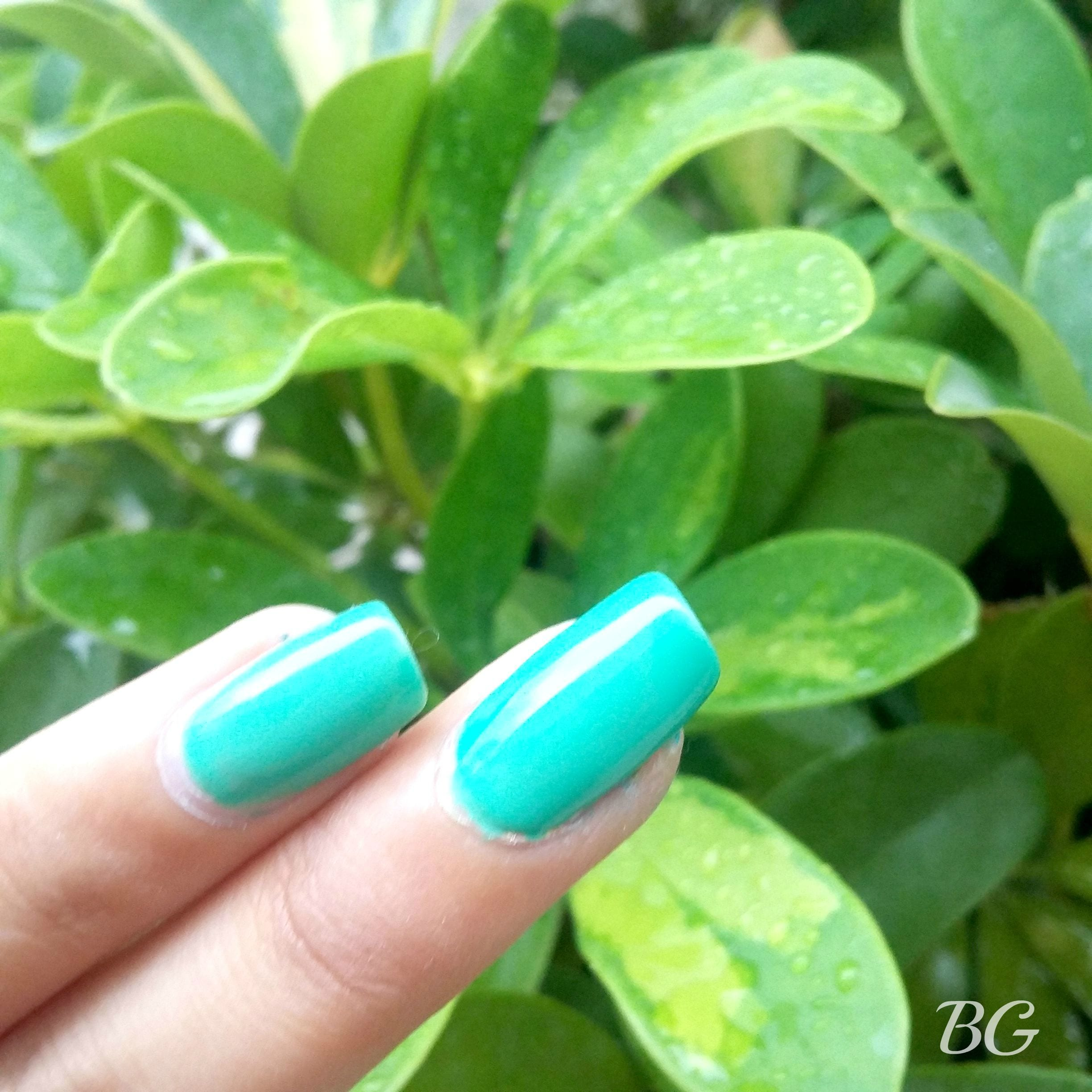 2 Nail Art Tutorial - 5 Minutes Easy DIY Nail Art Green Sparkles