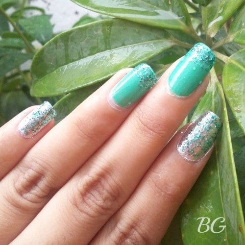 4-500x500 Nail Art Tutorial - 5 Minutes Easy DIY Nail Art Green Sparkles