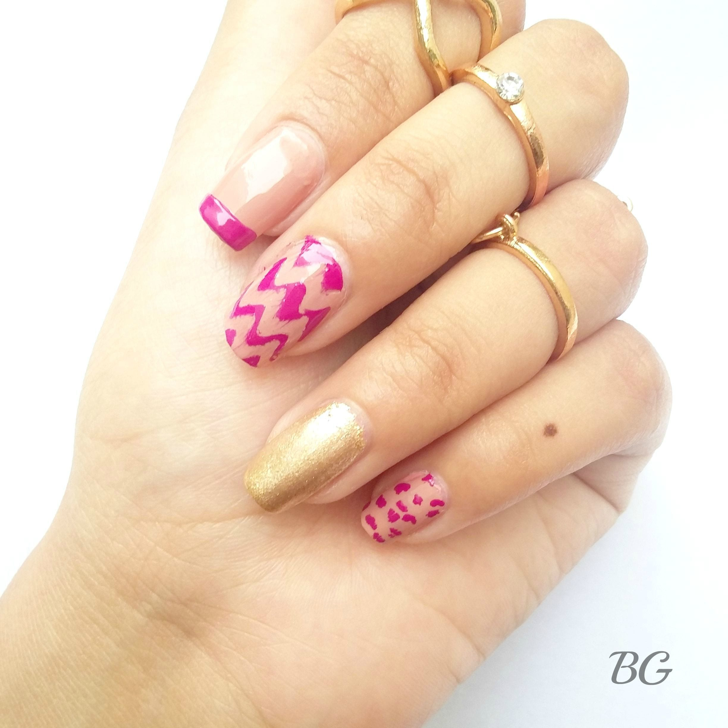 DIY Gold Chevron Nail Design-Step By Step Nail Art Tutorial