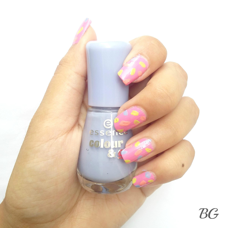 Nail-Art-Tutorial-Summer-Confetti-5 Quick DIY Summer Nail Art Tutorial - Confetti Nail Design