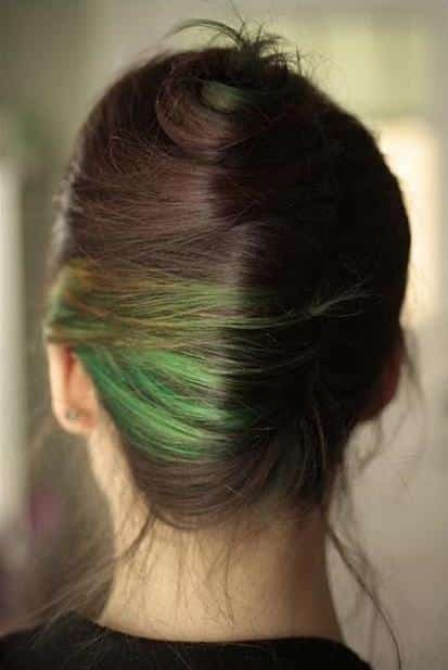 Green-short-hairs Latest Green Hairstyles-These 23 Shades of Green Hairs you Cant Resist