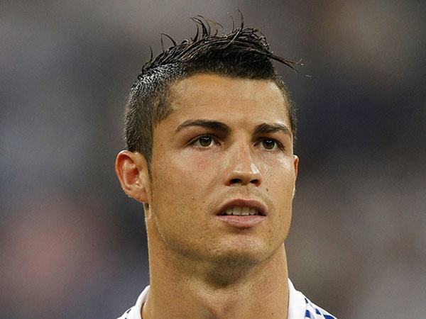 cristiano-ronaldo-rock Cristiano Ronaldo Hairstyles-20 Most Popular Hair Cuts Pics
