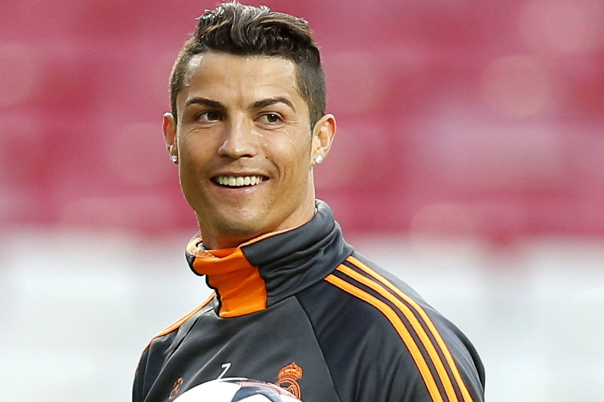 cristiano Cristiano Ronaldo Hairstyles-20 Most Popular Hair Cuts Pics