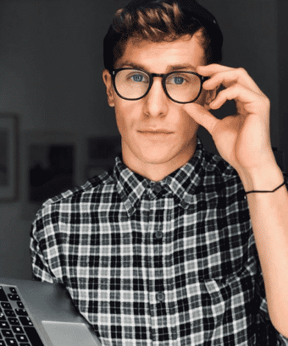 nerdy-look-for-high-school-guys-416x500 20 Cute Outfits for High School Guys- Fashion Tips and Trends