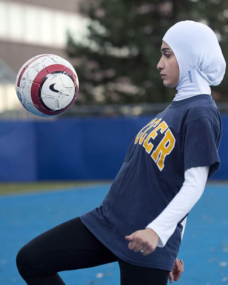 111 Sporty Look with Hijab-14 Modest Hijab Sports Outfits Combinations