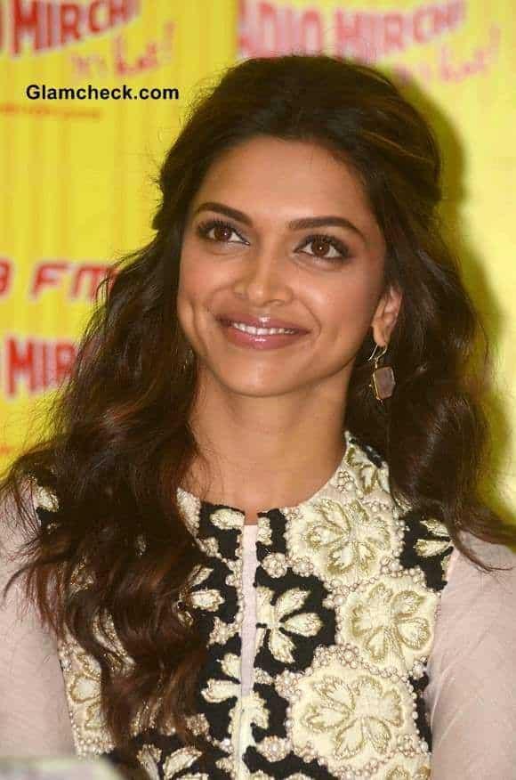1110 Deepika Hairstyles-20 Best Hairstyle of Deepika Padukone
