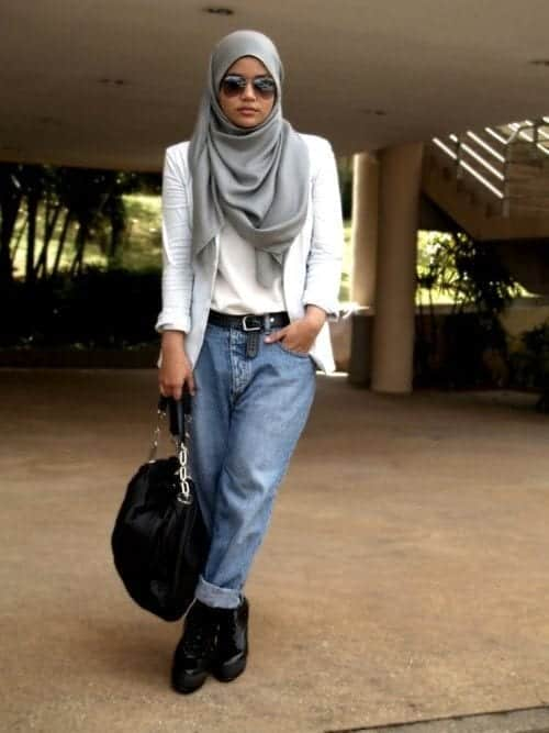 132 Hijab with Jeans–19 Modest Hijab Jeans Outfits this Season