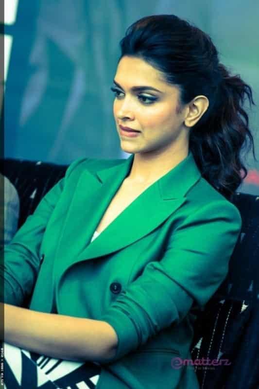 Deepika Hairstyles-20 Best Hairstyle of Deepika Padukone ...