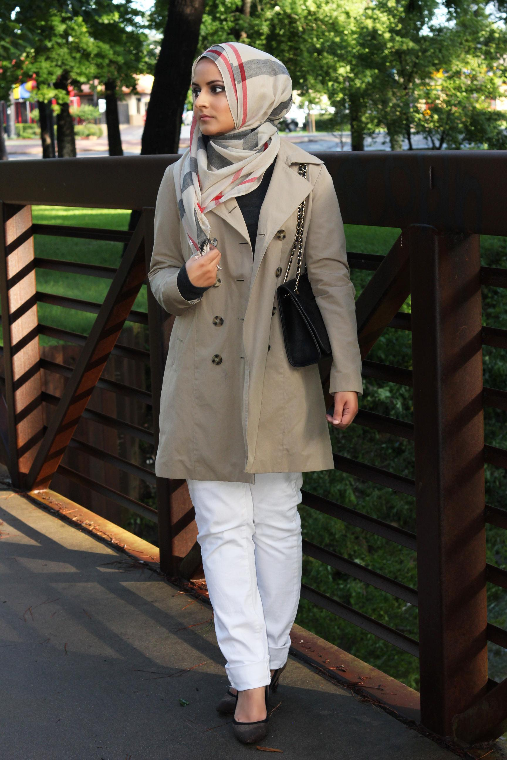 143 Hijab with Jeans–19 Modest Hijab Jeans Outfits this Season
