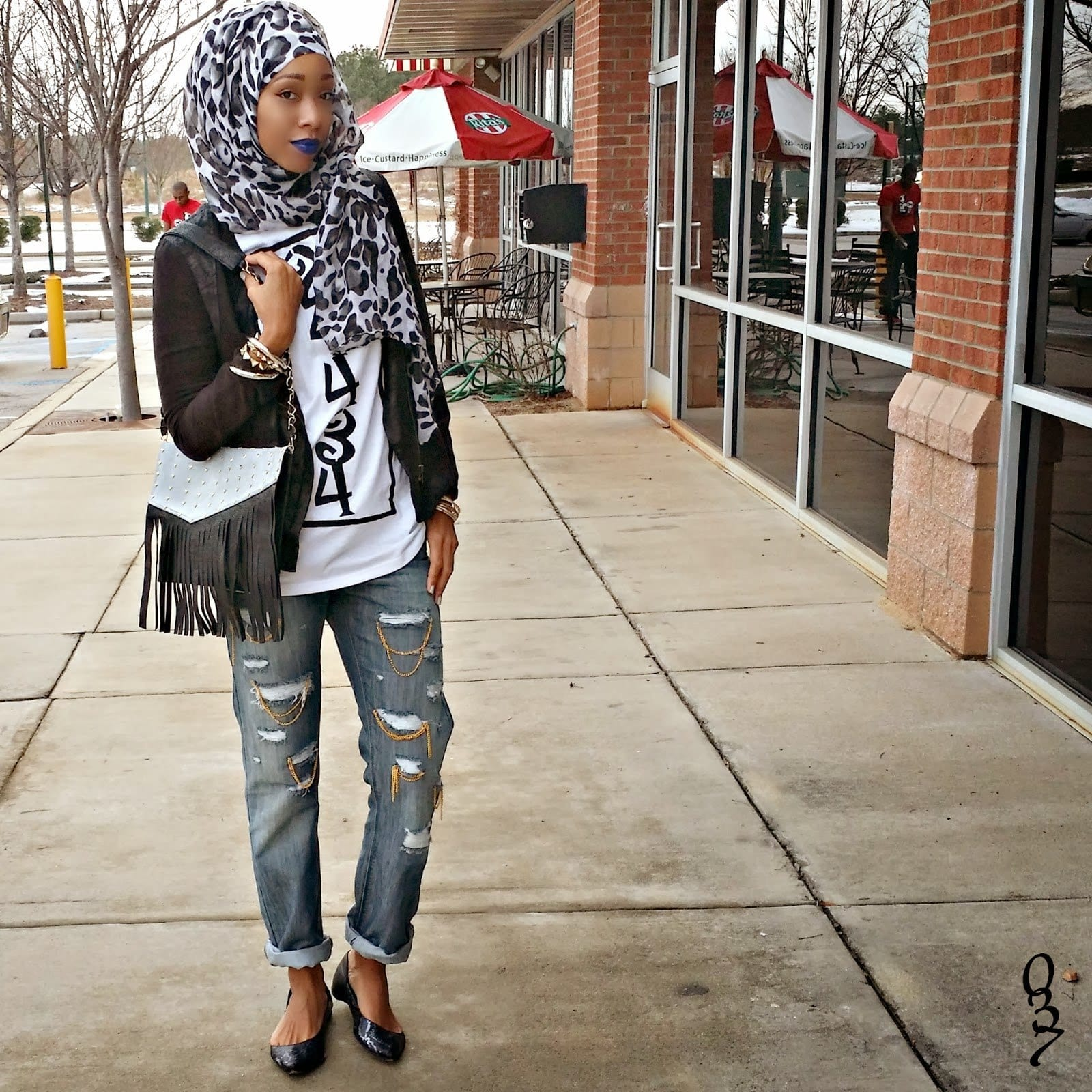 183 Hijab with Jeans–19 Modest Hijab Jeans Outfits this Season