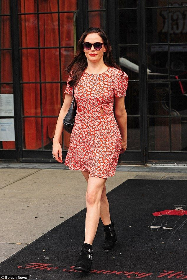 23 Tea Dresses Fashion-19 Ways to Wear Tea Dresses Fashionably