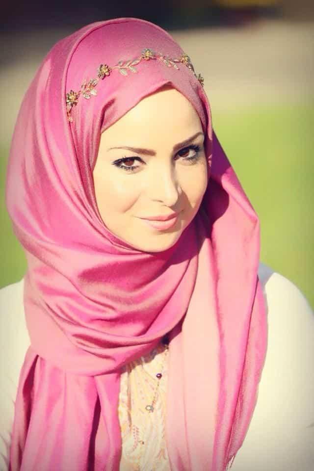 329b7852cfeaef57d9956b3042f32335 Pink Hijab Styles-17 Ways to Wear Pink Colour Hijab