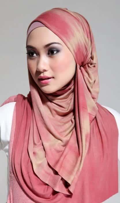 6328238337dc3b123d136c01e28eb516 Pink Hijab Styles-17 Ways to Wear Pink Colour Hijab